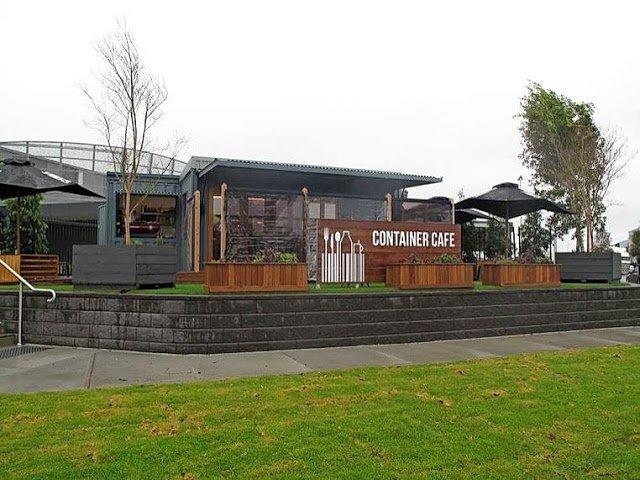 Desain kafe kontainer