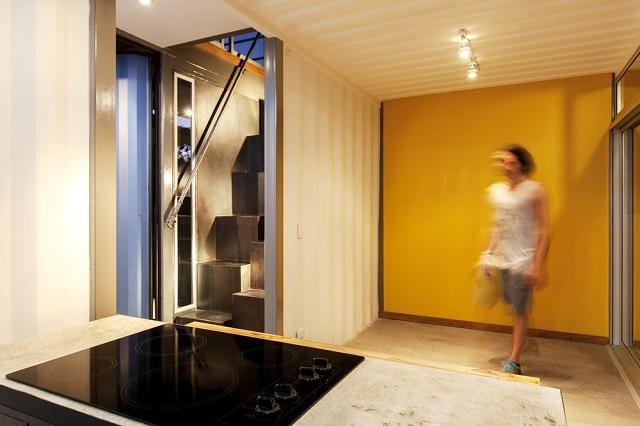 interior rumah kontainer
