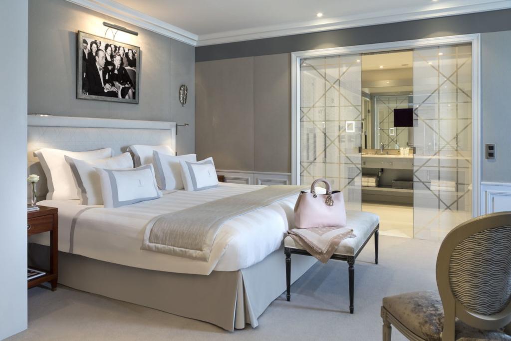 interior kamar hotel