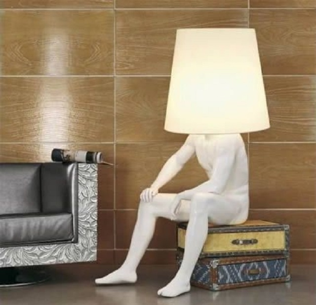 lampu berbentuk manusia