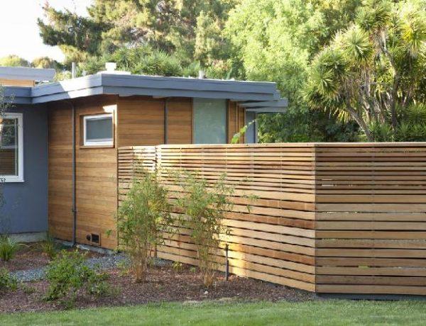 7 Pilihan Desain Pagar Untuk Halaman Depan Belakang Dan Taman Rumah