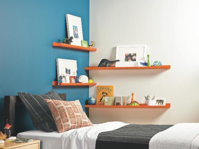 cara menata rumah agar rapi dan bersih dengan rak dinding