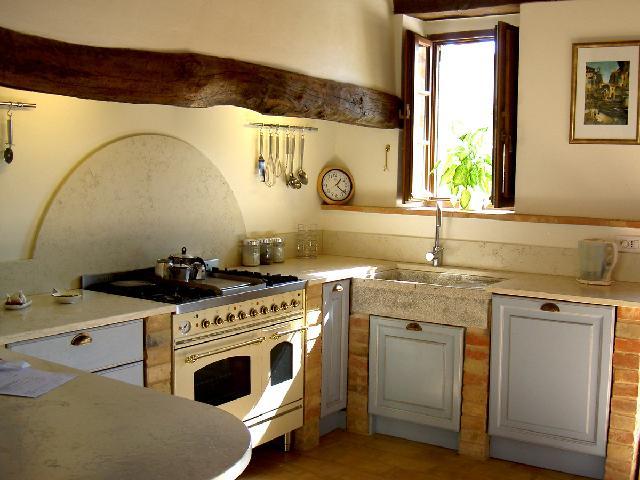 desain dan layout dapur ala pedesaan