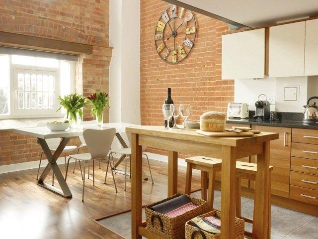 dapur dan ruang makan dengan kitchen island