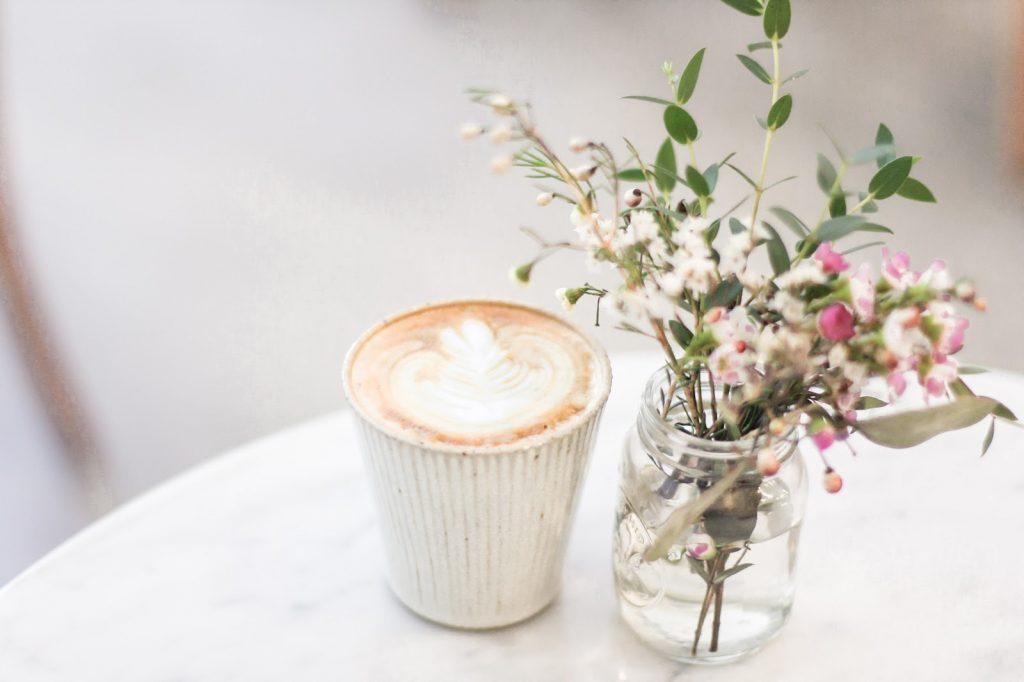 desain kafe unik