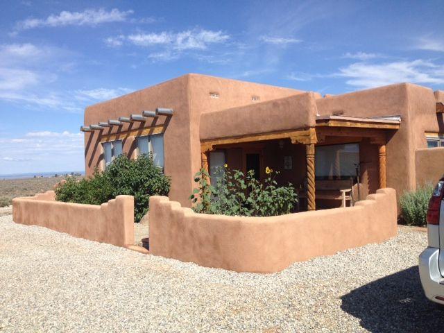 Desain rumah ramah lingkungan; desain rumah cob di timur tengah