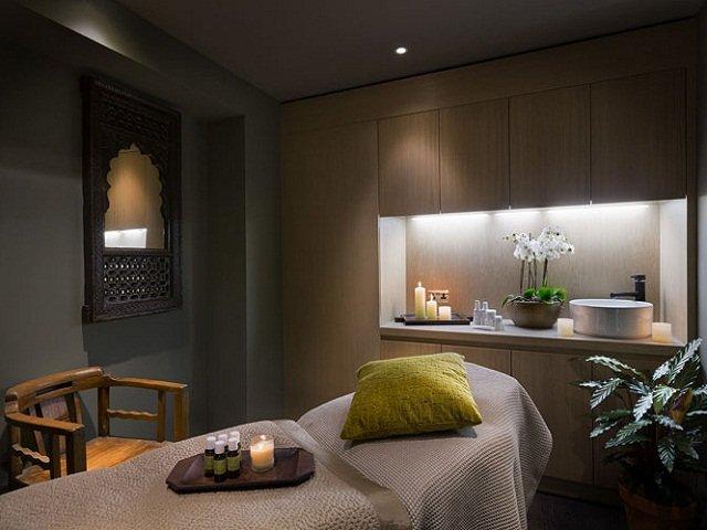 desain interior spa; rancangan interior ruang perawatan yang menenangkan