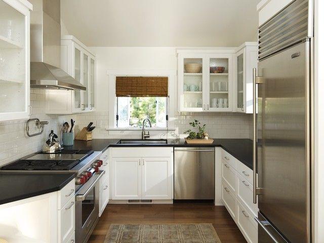 Kesalahan desain dan dekorasi dapur; ventilasi ruang dapur dan desain cooktop