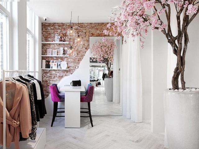 Desain interior butik unik desain murah dengan hasil for Decoracion de almacenes de ropa