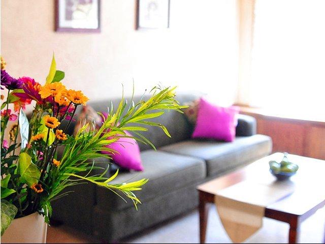 elemen dekoratif bunga dalam desain interior
