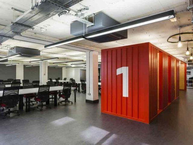 Desain ruang kantor kontainer; desain kantor google