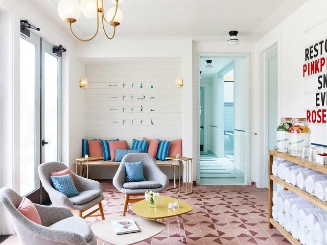 Desain ruang tamu gaya mid century