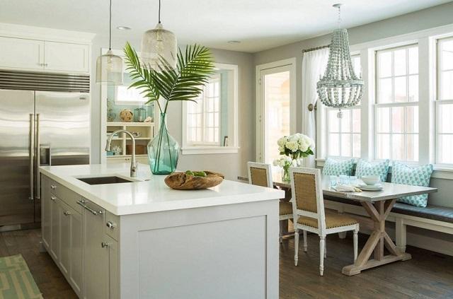 desain dapur dengan material kuarsa yang menggantikan marmer yang sulit dibersihkan