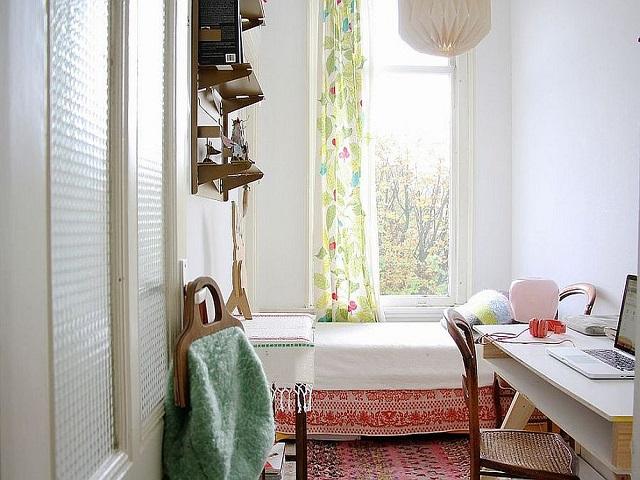 desain kamar tidur tamu kecil
