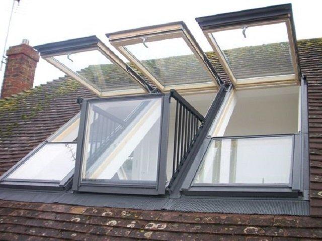 bukaan besar pada bagian atap