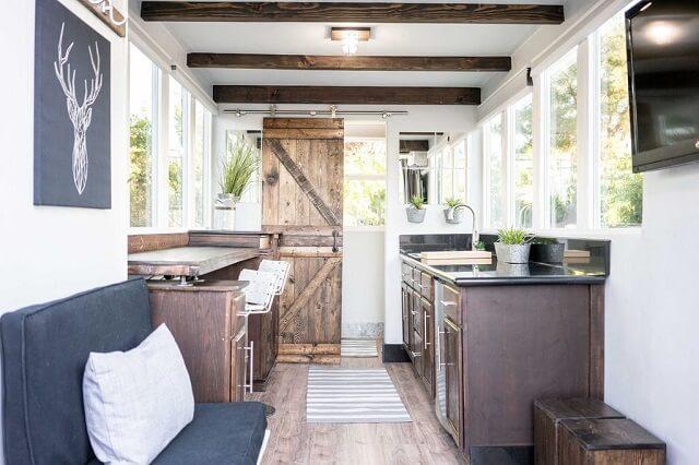 Desain Interior Rumah Panggung Minimalis  dekorasi dinding minimalis untuk ruang tamu minimalis
