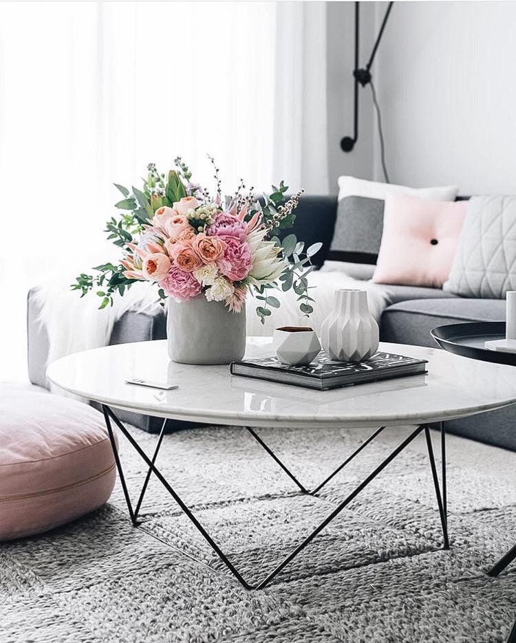 desain meja kecil