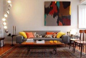Desain ruang tamu modern elektik
