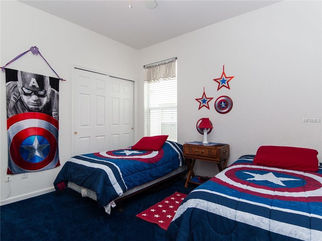 Desain kamar tidur anak tema captain marvel