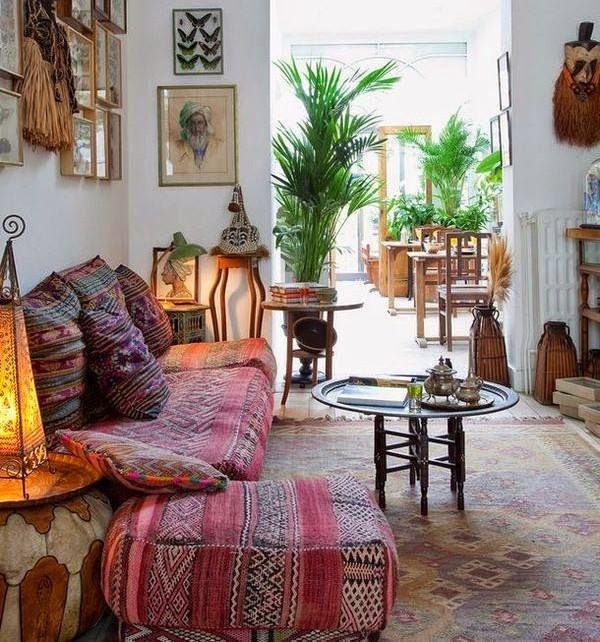 ruang keluarga gaya bohemian