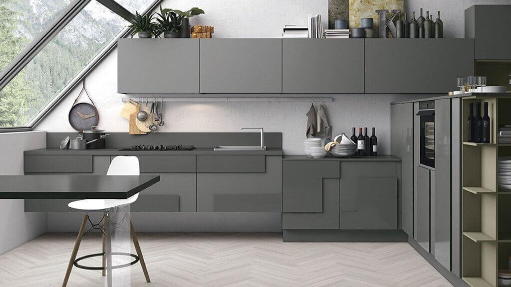 warna cat dapur dark grey 1024x576 - Inspirasi Desain Warna Cat Dapur Terbaik, Menjadikan Dapur Terlihat Lebih Menyenangkan