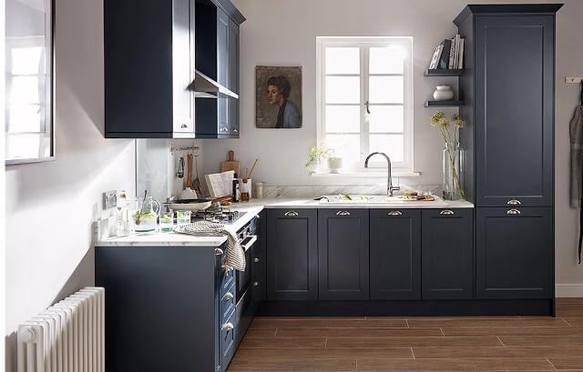 warna cat dapur midnight blue - Inspirasi Desain Warna Cat Dapur Terbaik, Menjadikan Dapur Terlihat Lebih Menyenangkan