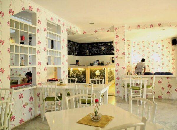 Coffe Shop Gaya Shabby Chic