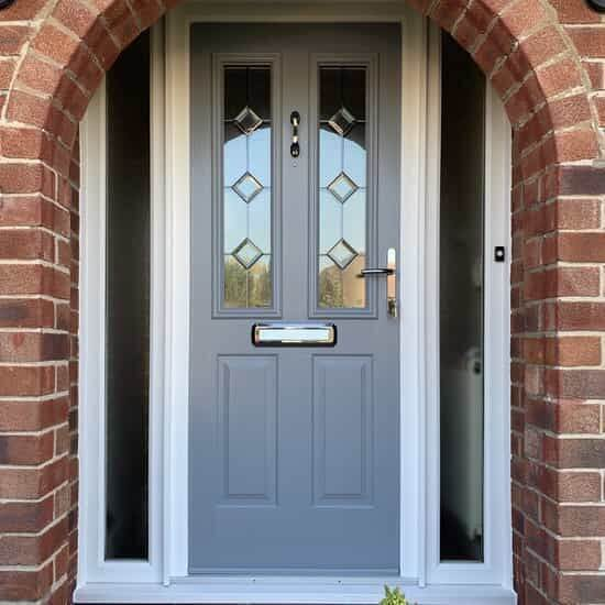 model pintu rumah pvc