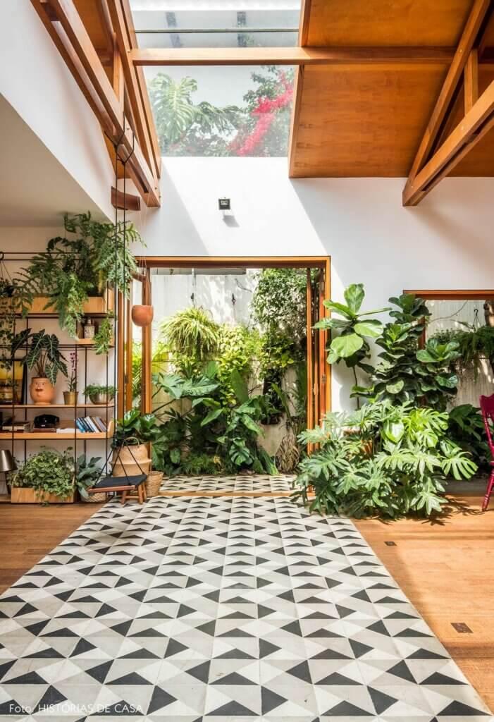 tanaman di rumah tropis
