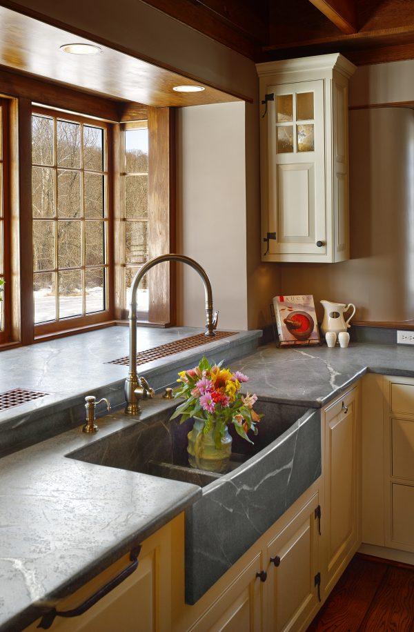 meja dapur berbahan soapstone