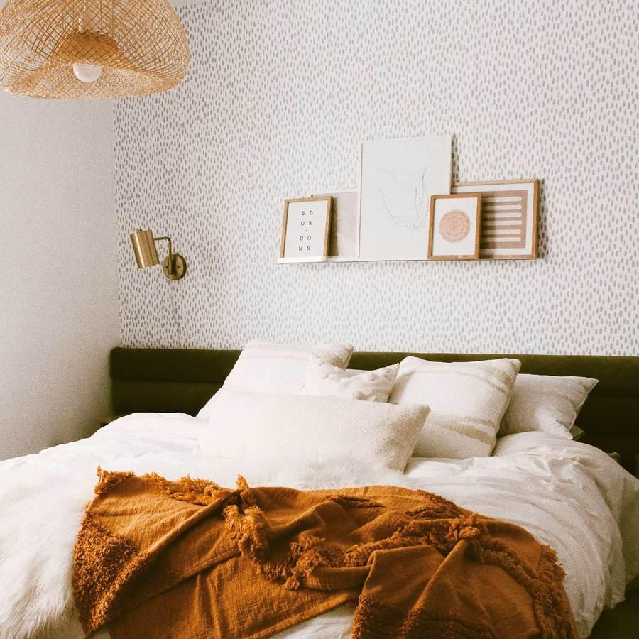wallpaper dinding minimalis berpola rintik hujan