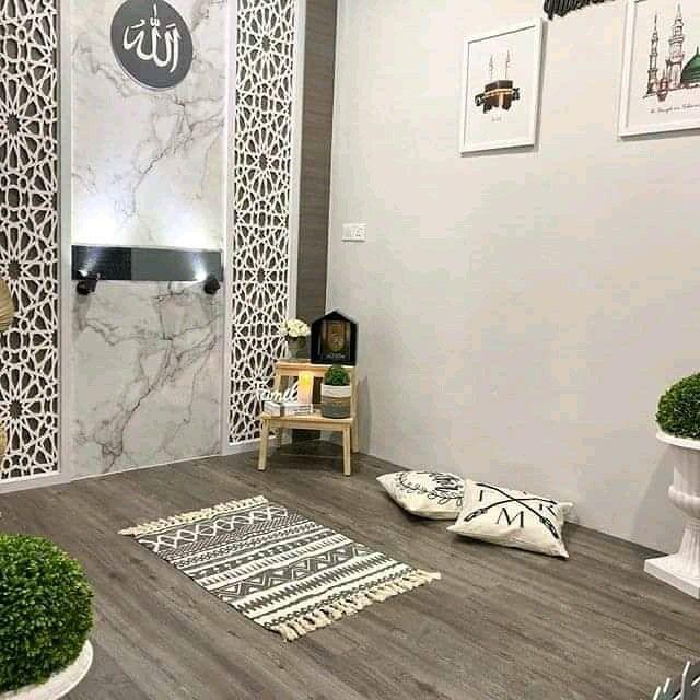 desain mushola rumah minimalis dengan nuansa abu-abu