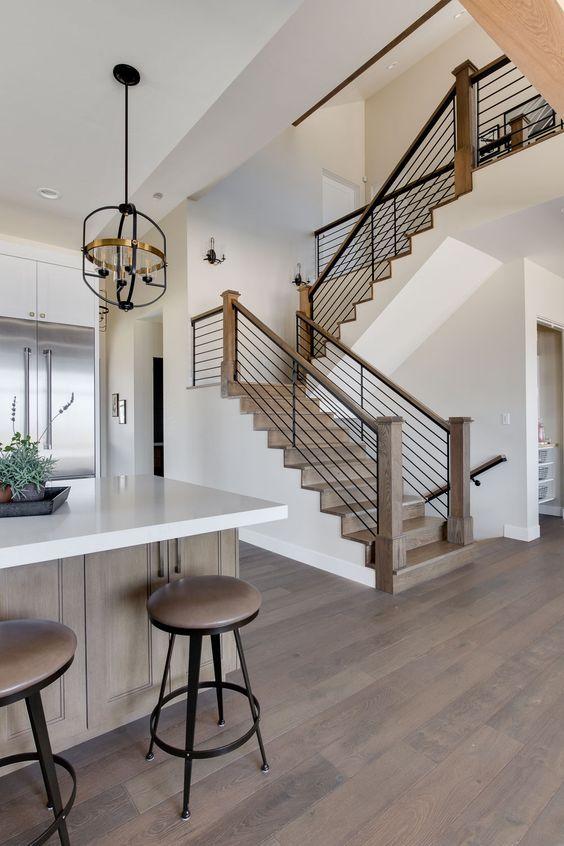 tangga rumah minimalis dengan kesan farmhouse