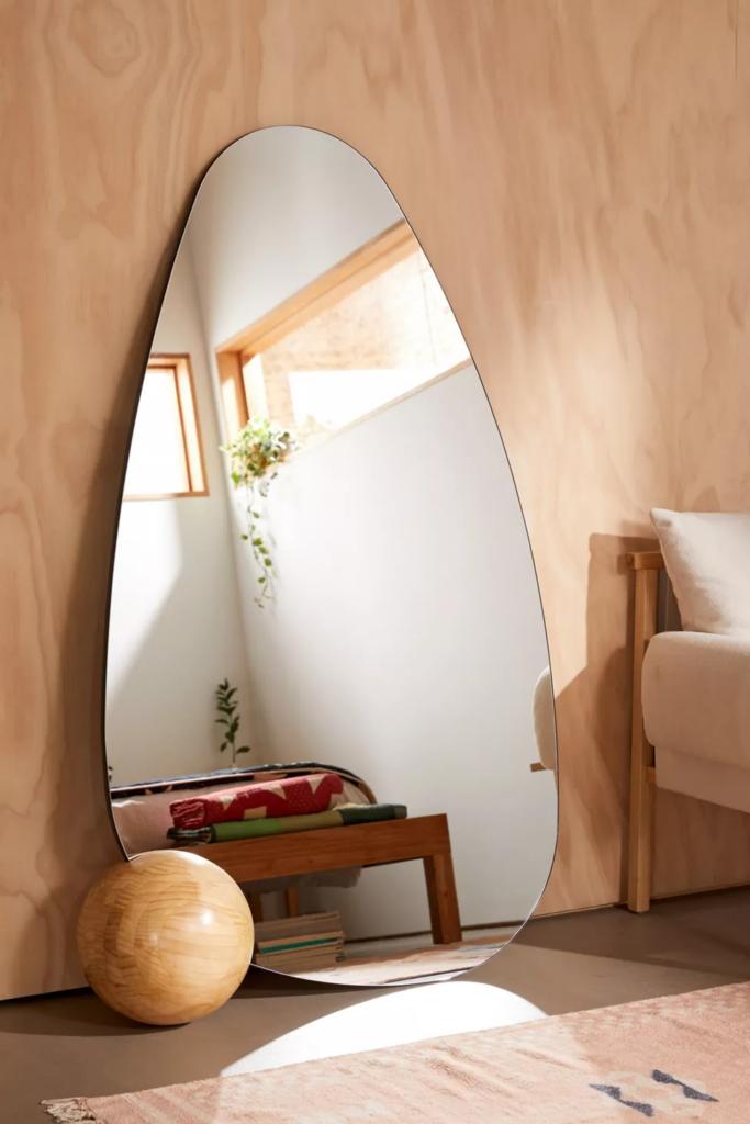 cermin minimalis dari safi