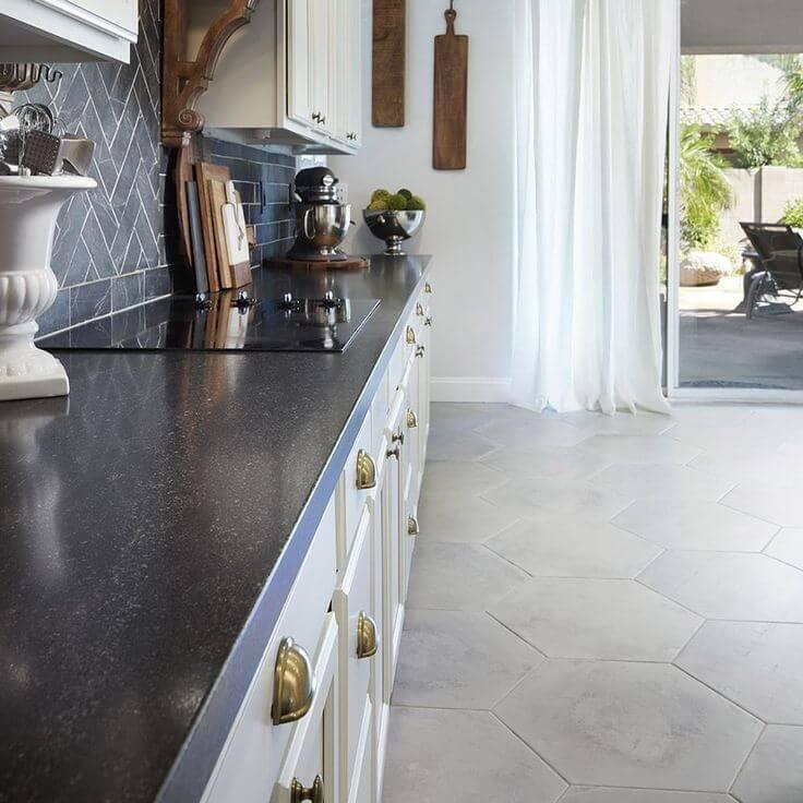 meja dapur granit hitam pekat