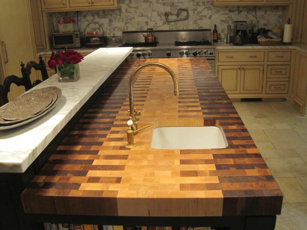 meja dapur keramik motif kayu